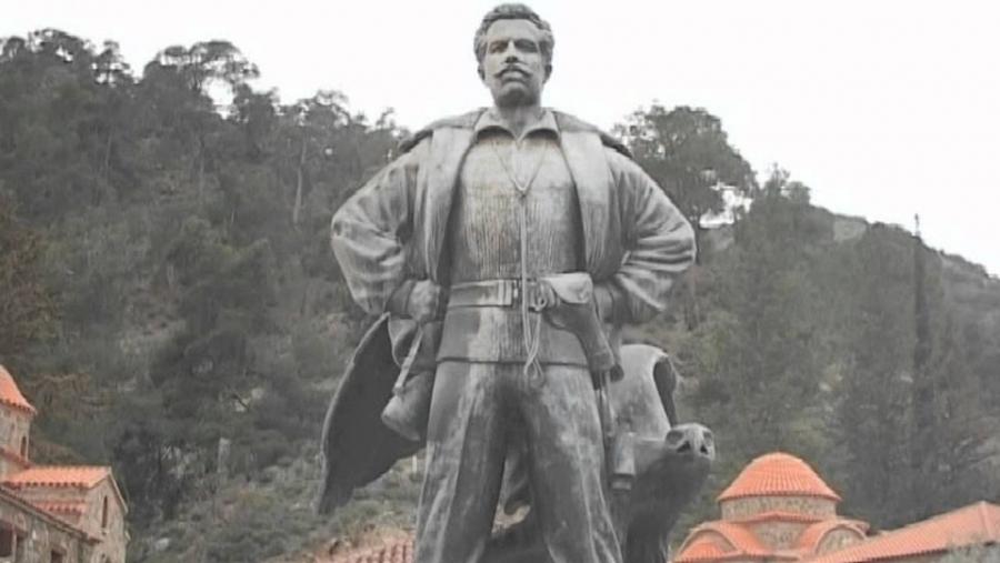 Το άγαλμα του Σταυραετού του Μαχαιρά
