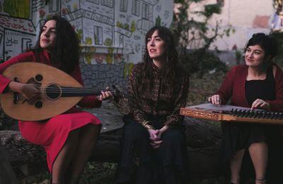 Το Sinafi Trio από το 2014 μέχρι και σήμερα εμφανίζονται στην Τουρκία, στην Ελλάδα και το εξωτερικό (φωτ. Yannis Gutmann).