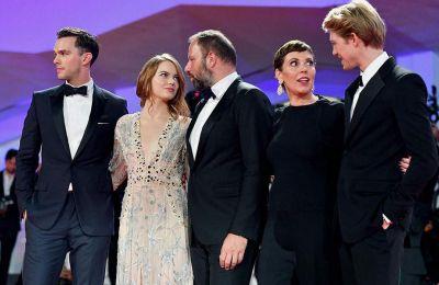 O Γιώργος Λάνθιμος εξέφρασε την ικανοποίησή του για το γεγονός ότι στις υποψηφιότητες αναγνωρίστηκαν και οι τρεις βασικές ηθοποιοί της ταινίας.