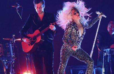 Μετά από την περσινή κατακραυγή για την έλλειψη γυναικών νικητών στα Grammy, φέτος οι γυναίκες «βγήκαν μπροστά».