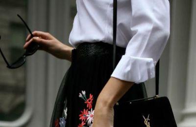 Το λευκό πουκάμισο ξεκίνησε να φοριέται από γυναίκες πριν από πολλά χρόνια και πρώτες το λάνσαραν πασίγνωστες ηθοποιοί του Hollywood