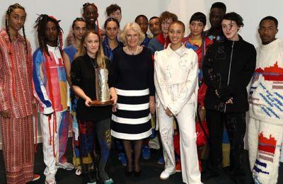 Η Γουίλιαμς προασπίζεται τις μεταμορφωτικές δυνατότητες της μόδας για την προώθηση περιθωριοποιημένων ομάδων