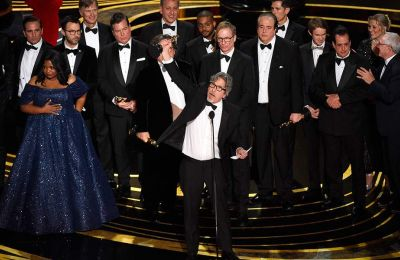 O Αλ. Κουαρόν έγινε ο πρώτος σκηνοθέτης που κέρδισε Όσκαρ για ταινία και για φωτογραφία, ενώ το Roma είναι το πρώτο που κέρδισε το Netflix