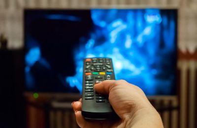 Η τηλεόραση μπορεί να αποτελεί ένα ακόμη παράγοντα κινδύνου για την εμφάνιση άνοιας