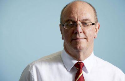 Την πρόθεση του να αφήσει τα καθήκοντα του από την προεδρία του ΟΚΥπΥ εξέφρασε επανειλημμένα ο Σερ Νίκολσον στον υπουργό Υγείας