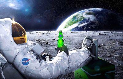 Το ταξίδι στο φεγγάρι διαρκεί τρεις ημέρες, ενώ για τον Αρη χρειάζονται τουλάχιστον έξι μήνες.