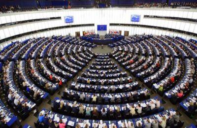 Στην Ολομέλεια θα τεθούν δυο ημερομηνίες για το τι μέλει γενέσθαι με την έξοδο της Βρετανίας από την Ε.Ε.