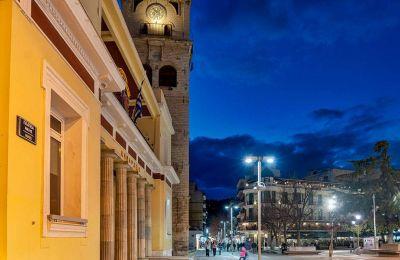 Σούρουπο στην πλατεία Νίκης. (ΦΩΤΟΓΡΑΦΙΑ: ΠΕΡΙΚΛΗΣ ΜΕΡΑΚΟΣ)