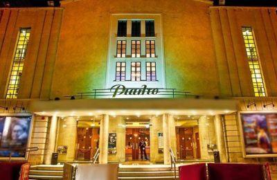 Το Θέατρο Ριάλτο προσκαλεί επίσης καλλιτέχνες, θεατές και φίλους σε μια γιορτή στην Πλατεία Ηρώων
