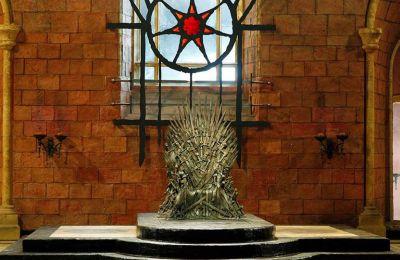Ίσως το πιο ενδιαφέρον σημείο της έρευνας είναι ότι ο «απόλυτος καλός» Τζον Σνόου τελικά αποδεικνύεται το ίδιο αιμοσταγής με τον «απόλυτο κακό», τον Night King