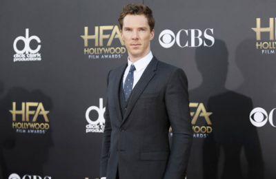 Ο ηθοποιός αντέδρασε με ψυχραιμία, προσφέροντας εμφιαλωμένο νερό, ενώ στη συνέχεια τον μετέφερε σε κοντινό ιατρικό κέντρο.