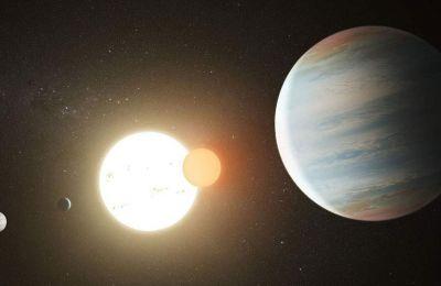Οι αστρονόμοι δήλωσαν έκπληκτοι που έως τώρα τους είχε διαφύγει η ύπαρξη του μεγαλύτερου από τους τρεις εξωπλανήτες