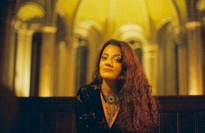 Ο πρώτος προσωπικός δίσκος της Eleni Era, «Rise Love», περιέχει δέκα κομμάτια, και είναι διαθέσιμος σε όλες τις ψηφιακές πλατφόρμες, αλλά και σε CD και βινύλιο.