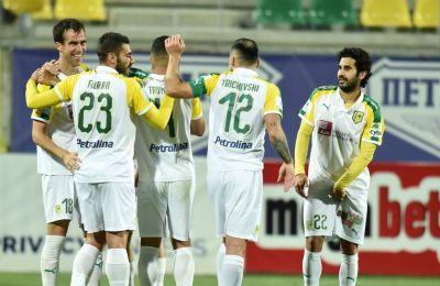 Η ΑΕΚ κέρδισε τον ΑΠΟΕΛ παίζοντας με παίκτη λιγότερο για 30 λεπτά