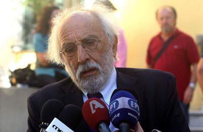 Αργά το βράδυ της Δευτέρας, ο Αλέξανδρος Λυκουρέζος αφέθηκε ελεύθερος με περιοριστικούς όρους