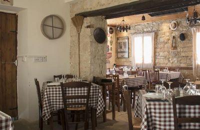 Ξεχωρίσαμε και σάς προτείνουμε έντεκα κλασικά ταβερνάκια σε όλη την Κύπρο για να απολαύσετε πασχαλινή τσίκνα όπως τής αρμόζει