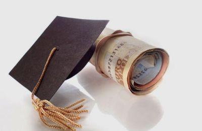 «Η παράλειψη υποβολής αίτησης στην πιο πάνω προθεσμία συνεπάγεται απώλεια του δικαιώματος για διεκδίκηση της κρατικής φοιτητικής μέριμνας»