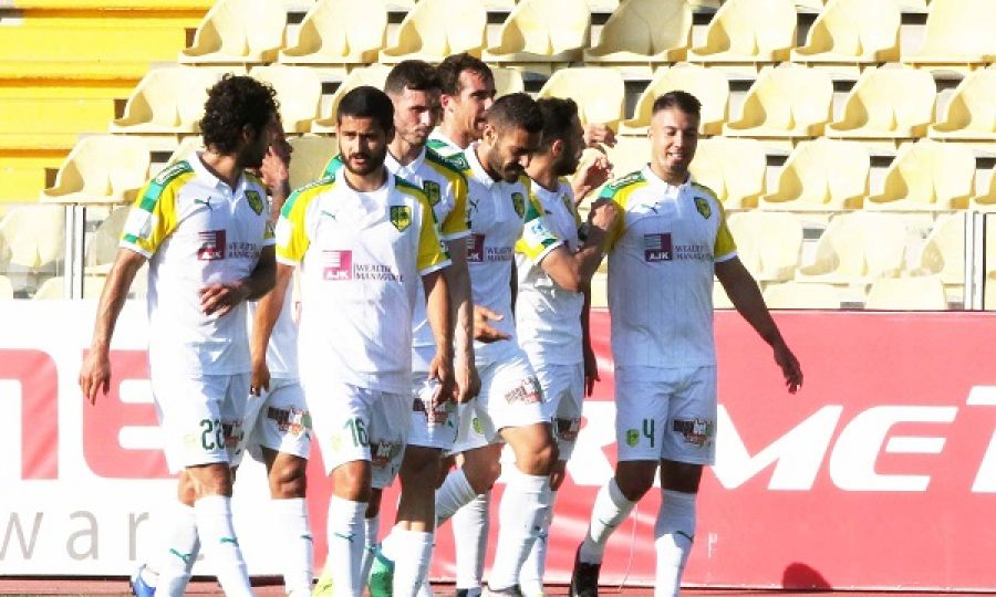 Απόλλων – ΑΕΚ 1-2: Ο Τρουγιόλς «έντυσε κιτρινοπράσινη» τη 2η θέση (vid)