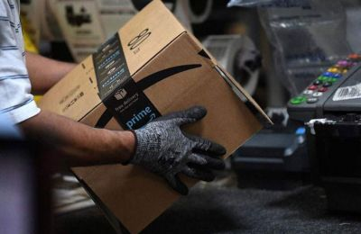 Η Amazon εξετάζει το ενδεχόμενο να εγκαταστήσει δύο μηχανήματα σε δεκάδες άλλες αποθηκευτικές μονάδες της