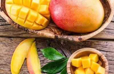 Το μάνγκο παρέχει περίπου 59 θερμίδες ανά 100 γρ.