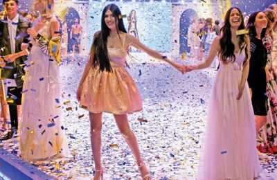 Το Must Fashion The Anniversary Event παρουσιάζουν: LUX, Ελληνική Τράπεζα, και BMW