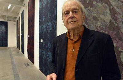 Ποιητής, συγγραφέας και δοκιμιογράφος, ο Νάνι Μπαλεστρίνι γεννήθηκε στο Μιλάνο στις 2 Ιουλίου 1935