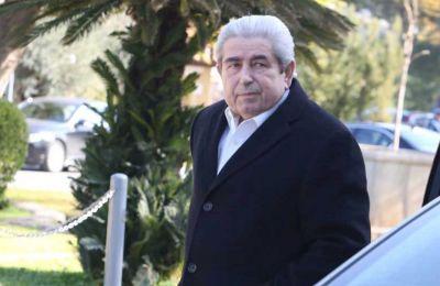 Διασωληνωμένος βρίσκεται ο τέως Πρόεδρος της Δημοκρατίας με ανοικτό το ενδεχόμενο μεταφοράς του στο Ισραήλ