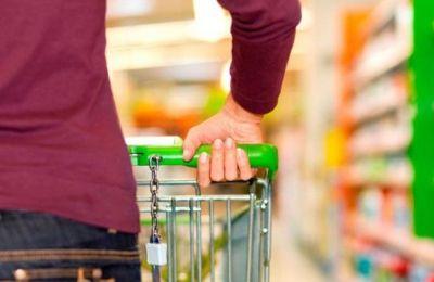 Οι υπάλληλοι μας είναι ιδιαίτερα προσεκτικοί στο να μην πωλούν ποτά σε ανήλικους και καπνό. αναφέρει στην «Κ» ο πρόεδρος του συνδέσμου