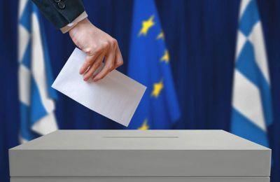 Καταλληλότερος πρωθυπουργός αναδεικνύεται ο Κυριάκος Μητσοτάκης με 27% έναντι 24% του Αλέξη Τσίπρα.