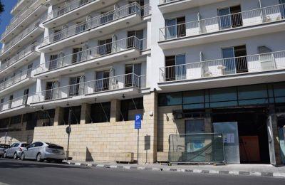 Επαναλειτουργεί το Holiday Inn ως πεντάστερο ξενοδοχείο