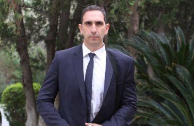 Σε ανακοίνωσή της η ΠΑΣΥΚΙ αναφέρει ότι θα ανταποκριθεί θετικά στο κάλεσμα του Υπουργού εάν στο τραπέζι των διαπραγματεύσεων δεν θα παρίστανται συνδικαλιστικές οργανώσεις