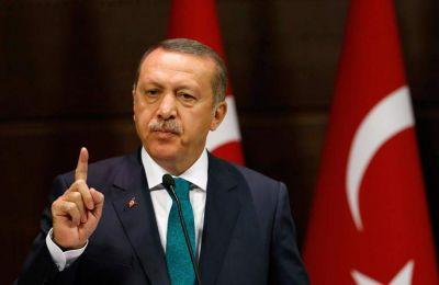 «Το Yavuz και το Barbaros είναι στην ανατολική Μεσόγειο. Εμείς προχωράμε στα βήματα μας με όλες τις δυνάμεις του Ναυτικού και της Αεροπορίας μας»