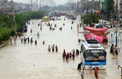 Κάθε χρόνο οι βροχοπτώσεις αφήνουν πίσω τους και νεκρούς και καταστροφές
