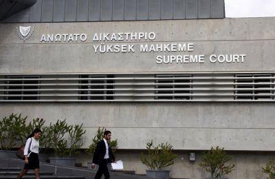 Οι κύριοι λόγοι εξαίρεσης αφορούσαν στο ότι έξι Δικαστές είναι σύζυγοι ή γονείς δημοσίων υπαλλήλων, ή συνταξιούχων δημοσίων υπαλλήλων που δεν είναι διάδικοι