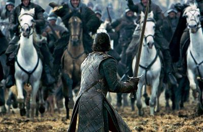 Το HBO συνολικά συγκεντρώνει 137 υποψηφιότητες, ενώ το Netflix ακολουθεί με 117 υποψηφιότητες