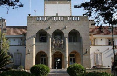 «Οι παρατηρήσεις του Γενικού Ελεγκτή βασίζονται σε μη επαρκώς διευκρινισμένη πληροφόρηση ή και σε γενικεύσεις», αναφέρει ο κ. Προδρόμου