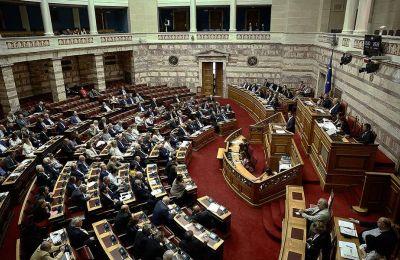 Από το ΚΚΕ έγινε γνωστό ότι οι βουλευτές του ψήφισαν όλους τους Αντιπροέδρους που προτάθηκαν από τα κόμματα, πλην του Απόστολου Αβδελά