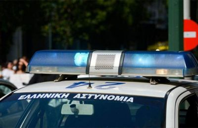 Οι έξι συλληφθέντες, πέντε εξ' αυτών αλλοδαποί και ένας ημεδαπός, συμμετείχαν σε ομάδα είκοσι περίπου ατόμων