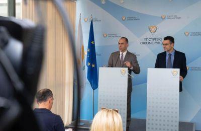 Ο Πρόεδρος του Δημοσιονομικού Συμβουλίου ανέφερε πως η παράταση του προβλήματος βλάπτει το σύνολο της οικονομίας