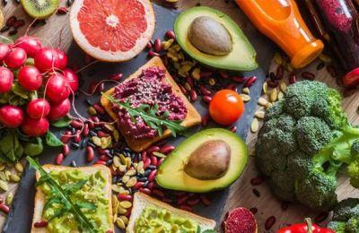 Ο σωστός τρόπος υγιεινής διατροφής απαιτεί να καταναλώνονται όλες οι ομάδες τροφών
