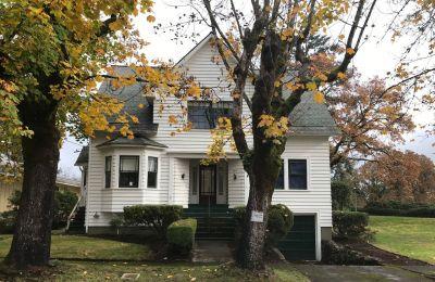 Αν και το «Twilight» γυρίστηκε στην Ουάσινγκτον, η κατοικία βρίσκεται στην πραγματικότητα σε απόσταση τεσσάρων ωρών, στο Όρεγκον