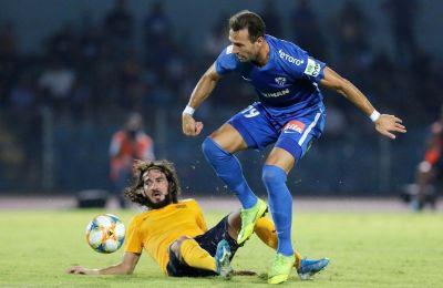 Ο Μπεράτ Σαντίκ αγωνίστηκε ως αλλαγή στον αγώνα της πρεμιέρας κόντρα στην ΑΕΛ