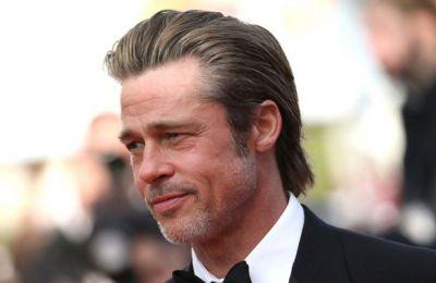 Μιλώντας για τις δύσκολες στιγμές της ζωής του, ο Brad αποκάλυψε πως λίγο μετά από τον χωρισμό του από την Angelina Jolie βρέθηκε στους «Ανώνυμους Αλκοολικούς».