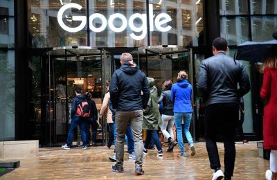 Για ανάλογες κατηγορίες παραβίασης προσωπικών δεδομένων αναμένεται να βρεθεί στο εδώλιο του κατηγορουμένου η μητρική της YouTube, η Google