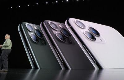«Είναι τα πιο ισχυρά iPhone που δημιουργήσαμε ποτέ», δήλωσε ο Τιμ Κουκ παρουσιάζοντας τις νέες συσκευές από ανοξείδωτο ατσάλι