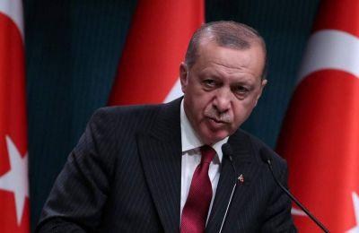 Ο Τούρκος πρόεδρος Ερντογάν έχει δηλώσει κατ' επανάληψιν ότι τα υψηλά επιτόκια είναι «μητέρα όλων των δεινών» για την οικονομία της χώρας.