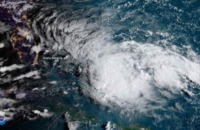 Τα φαινόμενα δεν ήταν τόσο ακραία στο βορειοδυτικό τμήμα του αρχιπελάγους, που έχει υποστεί φοβερή καταστροφή από το μανιασμένο πλήγμα του κυκλώνα Ντόριαν