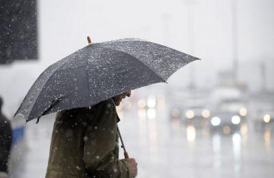 Οι αυξημένες νεφώσεις σε ορεινά και δυτικά την Κυριακή αναμένεται ότι θα δώσουν μεμονωμένες βροχές στα ορεινά