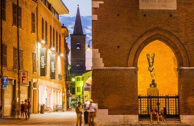 Με μια βόλτα στο ιστορικό κέντρο διαπιστώνει κανείς ότι ο νυχτερινός φωτισμός αναδεικνύει τη μνημειακότητα της Φεράρα.