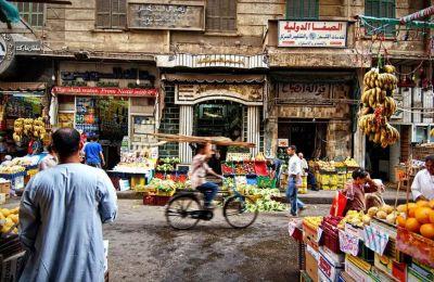 Χρώματα, γεύσεις και αρώματα στους δρόμους του Καΐρου. (Φωτογραφία: Shutterstock).